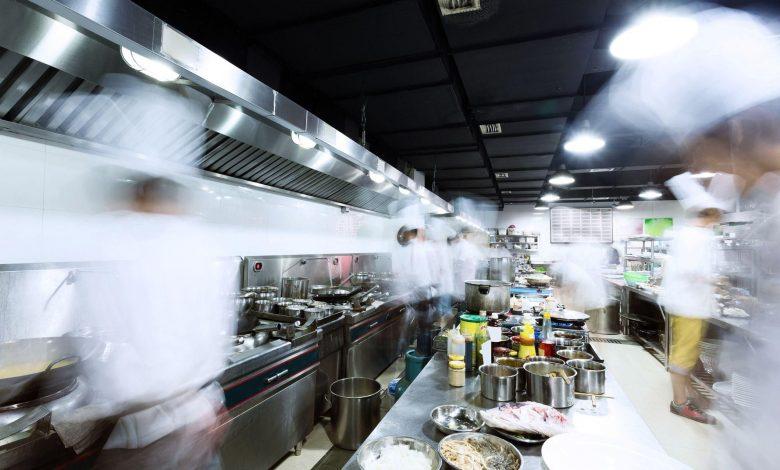 Doha Municipality closes 20 food outlets