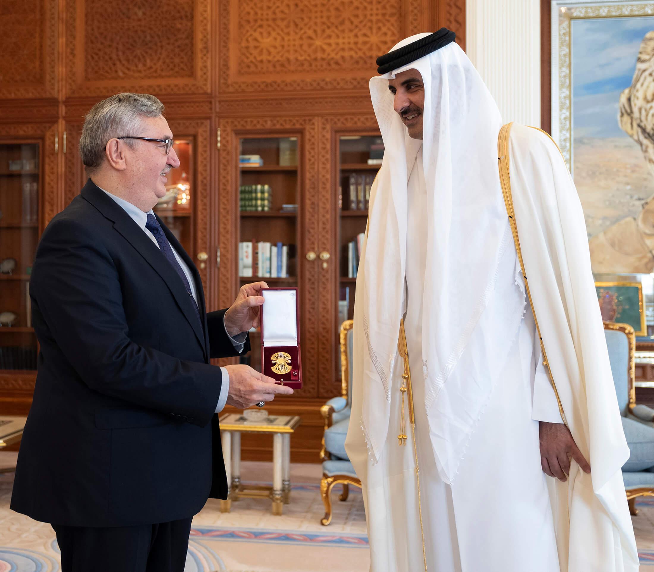Amir honours envoys of Turkey, Ecuador