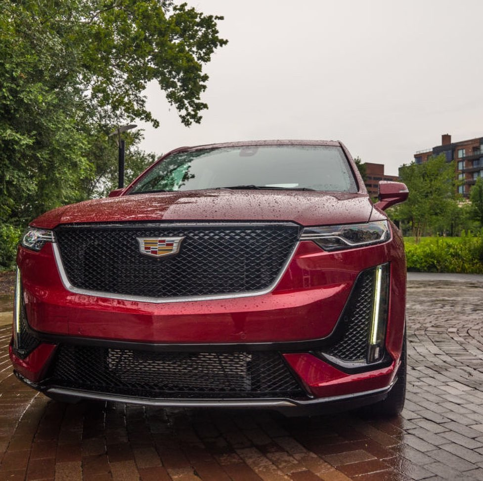 Discover the first-ever Cadillac XT6
