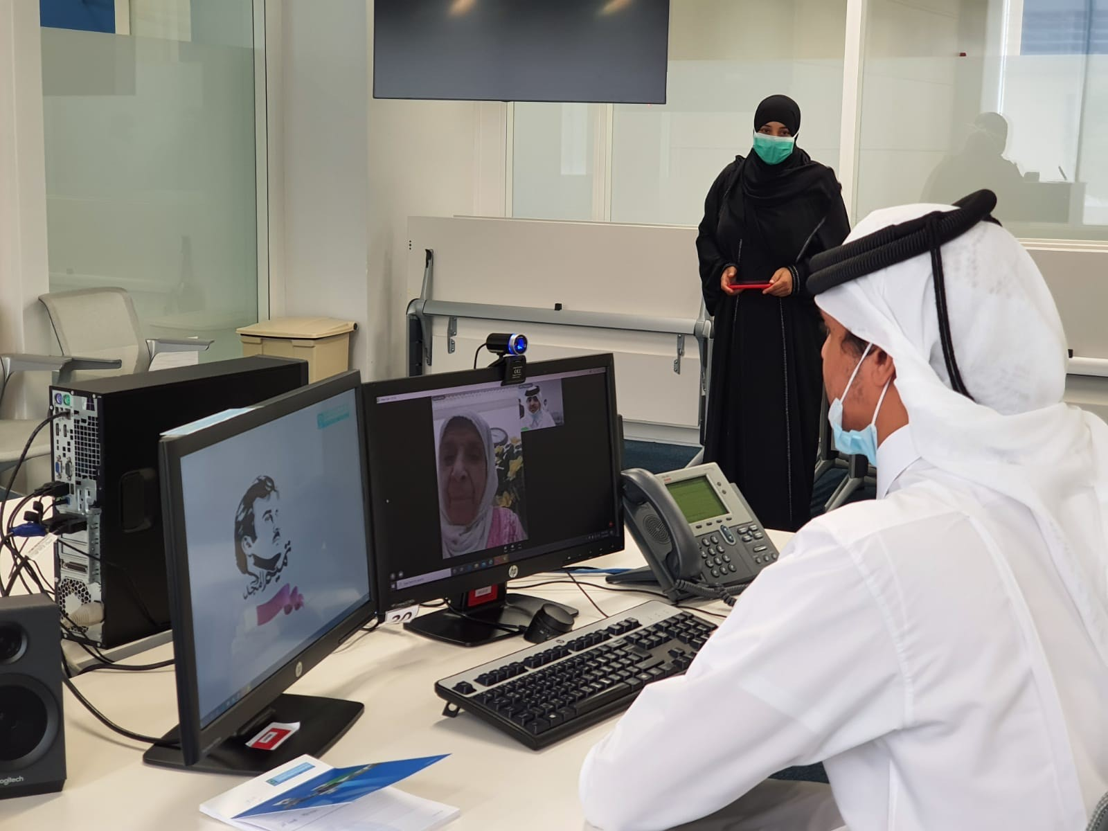Sheikh Thani bin Hamad Al-Thani participates in HMC's elderly telephone reassurance service
