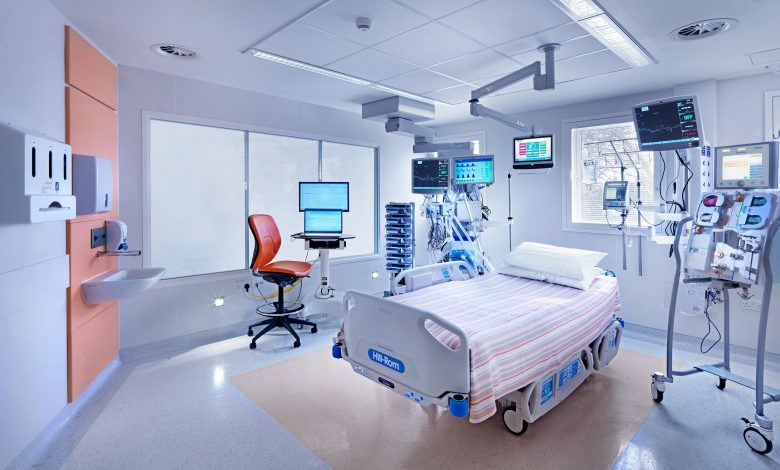 Qatar has ample facilities and staff to treat critically-ill COVID-19 patients: HMC ICU Chairman