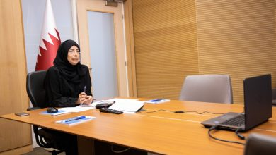 Photo of Minister of Health reviews the important role of women in Qatar in facing Coronavirus