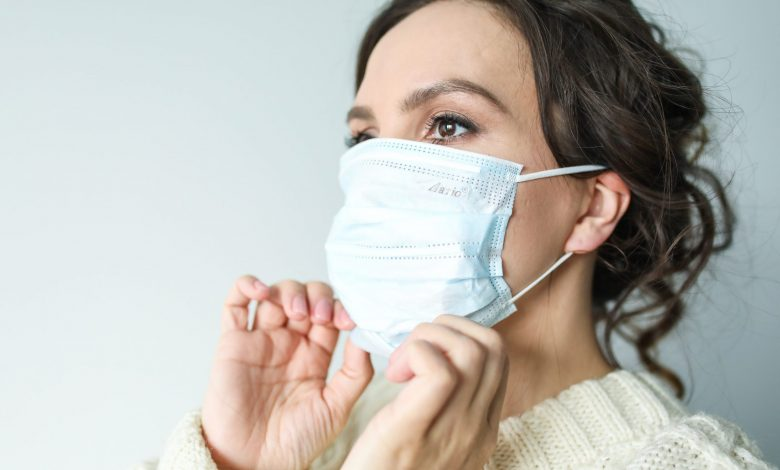 How to safely use a mask?