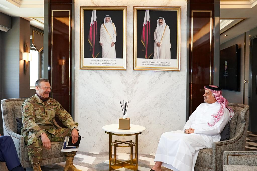 Defence minister meets Commander of US Air Forces Central Command
