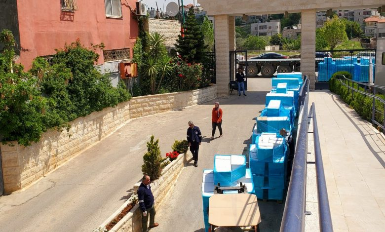 QRCS to distribute food baskets to 3,780 Palestinian families