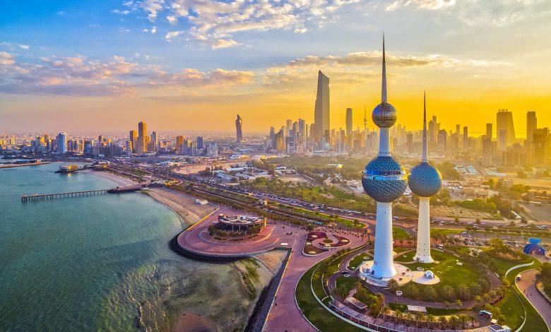 Kuwait imposes total curfew to curb coronavirus