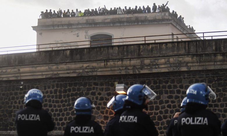 'We'll be back': Italy prison escapees promise to return