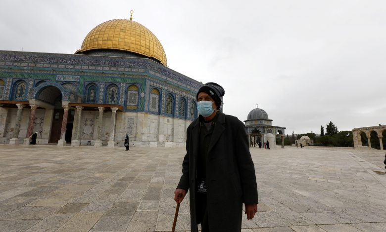 Mosques reopen in Saudi Arabia and Jerusalem