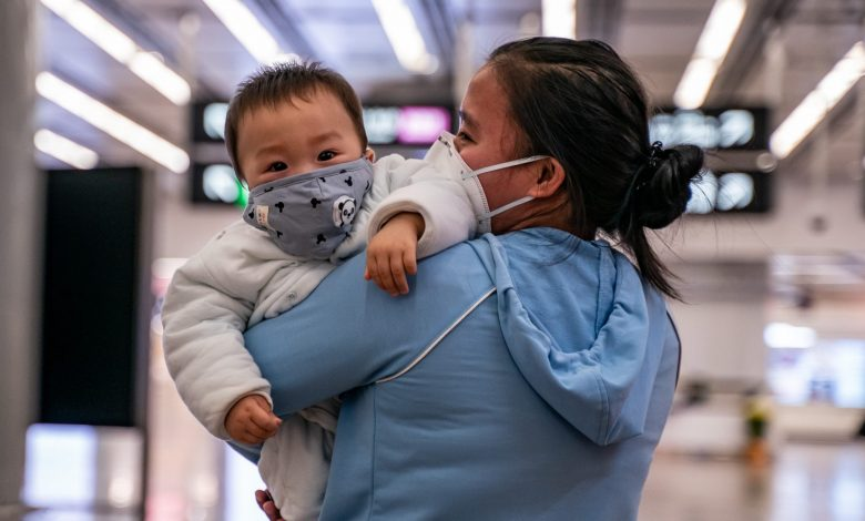 Pre-2-year-olds should not wear face masks for their own safety: HMC