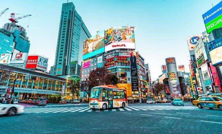Qatar Airways flies to Tokyo and Montreal