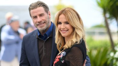Photo of Kelly Preston, actor and wife of John Travolta, dies at 57