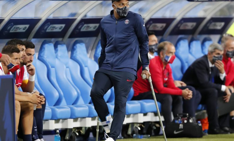 PSG confirm French forward has suffered 'serious right ankle sprain'