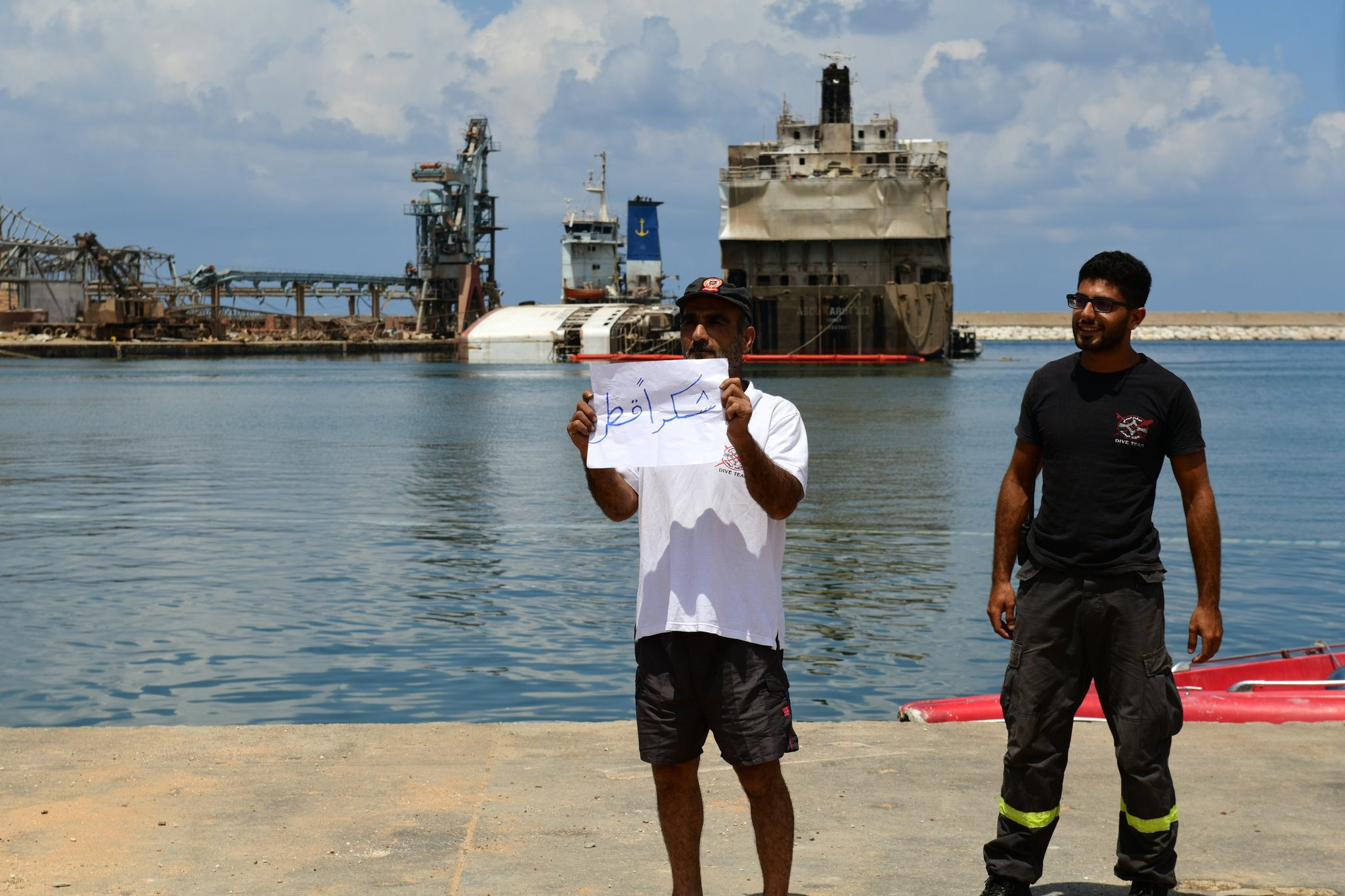 Ambassador visits Qatari search and rescue team at Beirut Port explosion site