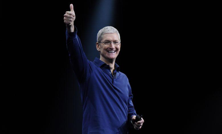 Apple reaches $2 trillion milestone .. CEO becomes a billionaire