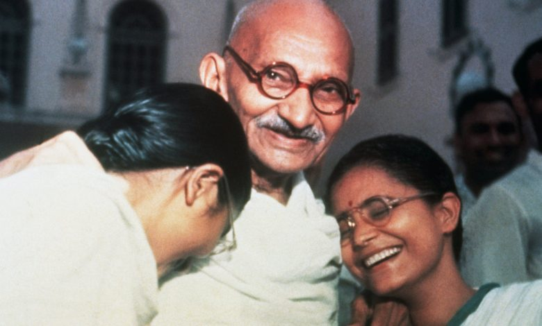 Gandhi glasses sold at auction in the UK for $ 340,000
