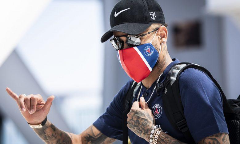 Neymar confirms his stay with Paris Saint-Germain