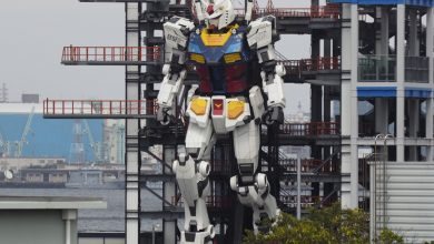 Photo of Giant robot moving in Japan harbour entrances millions on Twitter