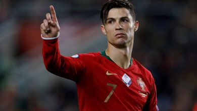 """Photo of Did a """"Bee"""" delay Ronaldo's dream of the 100th goal with Portugal?"""