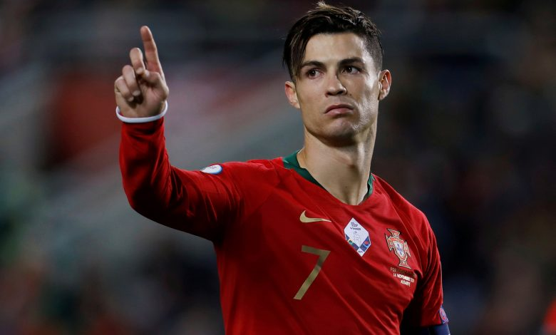 "Did a ""Bee"" delay Ronaldo's dream of the 100th goal with Portugal?"