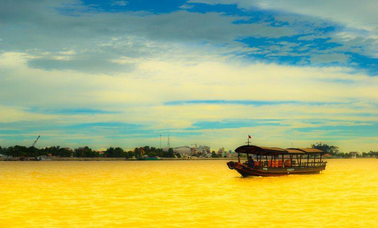The strangest rivers around the world