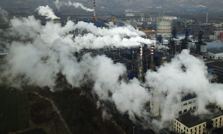 Carbon emissions of richest 1 percent more than double the emissions of the poorest half of humanity