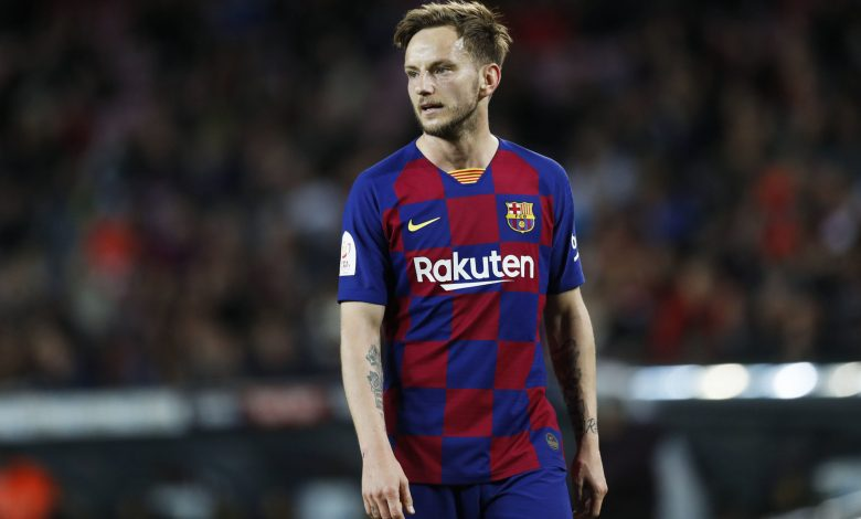 Croatia's Rakitic leaves Barcelona to rejoin Sevilla