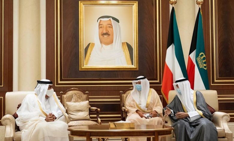 HH The Father Amir Offers Condolences to Amir of Kuwait