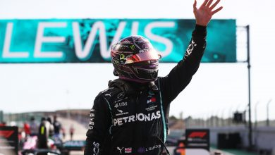 Photo of Hamilton Earns Pole Position in Portuguese Grand Prix