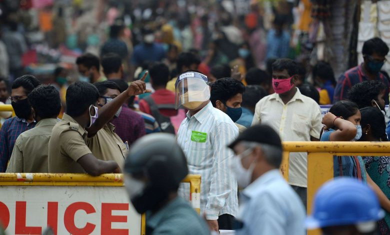 Report: In festival season, India forgets the pandemic and gets back to work