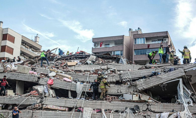 Qatari Newspapers Commend Qatar's Solidarity with Turkey after Izmir Earthquake