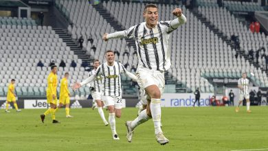 Photo of Ronaldo Scores Twice as Juventus Beat Cagliari