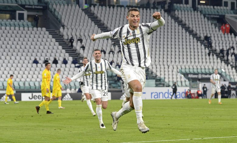 Ronaldo Scores Twice as Juventus Beat Cagliari