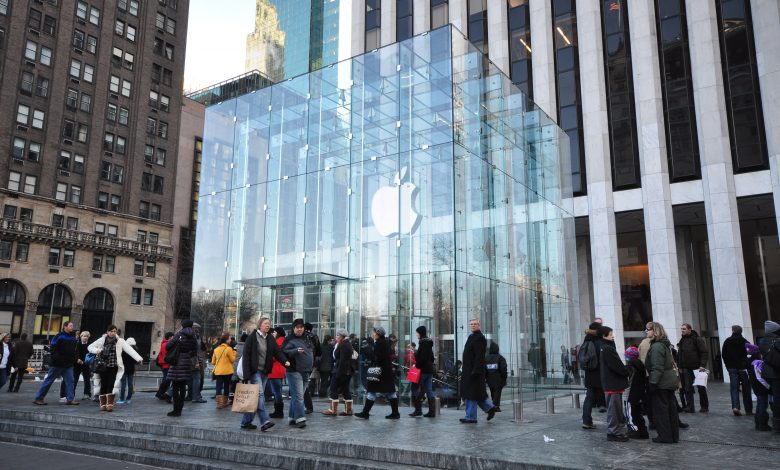 Amid the decline in iPhone 12 sales, Apple is losing $ 150 billion of its market value