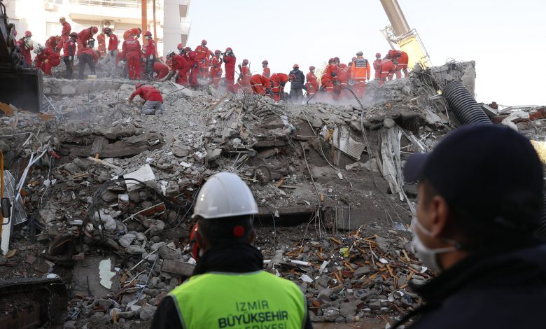 Izmir Earthquake Death Toll Rises to 69