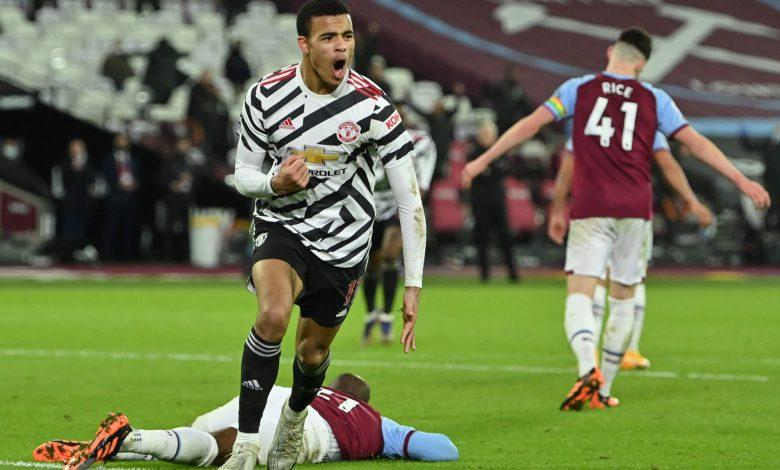 Man United fight back again at West Ham as fans return