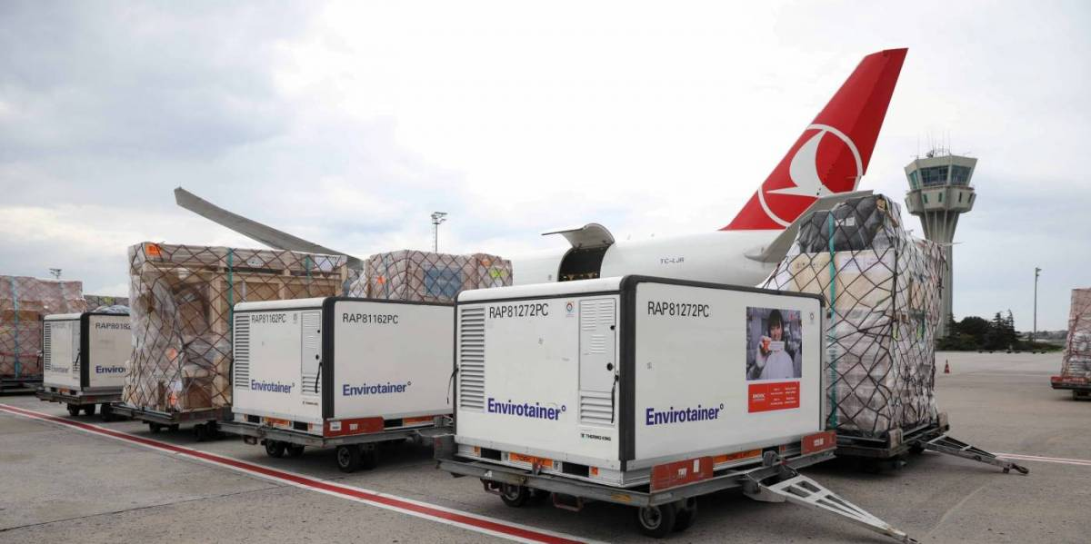 Turkish Cargo carries COVID-19 vaccines via its cross-continental air bridge