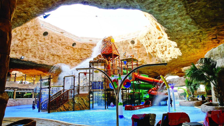 Desert Falls theme park opens partially