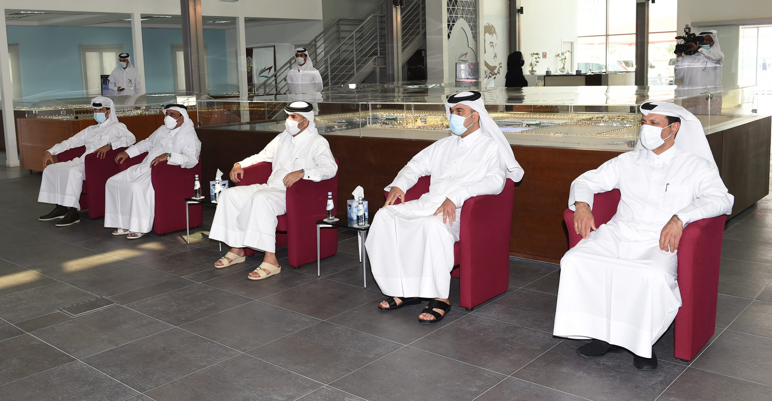 Prime Minister Inaugurates Initial Operation of Hamad Port Container Terminal 2, Health Center