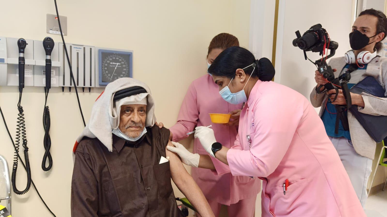 Qatar begins vaccination campaign with Pfizer-BioNTech anti-corona virus vaccine