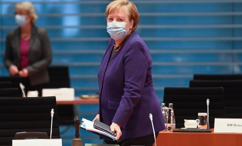 Merkel to discuss tighter lockdown with German states