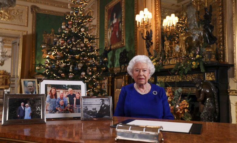 Special Covid-killing gloves for Queen Elizabeth II