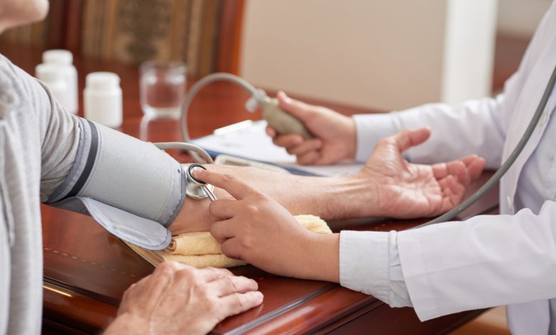 Measuring blood pressure in both arms helps save lives