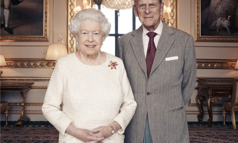 Queen Elizabeth and husband receive Covid-19 vaccines