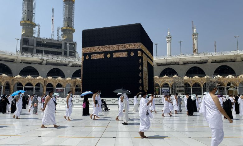 Saudi Arabia: Circumambulation in Grand Mosque still limited to Umrah