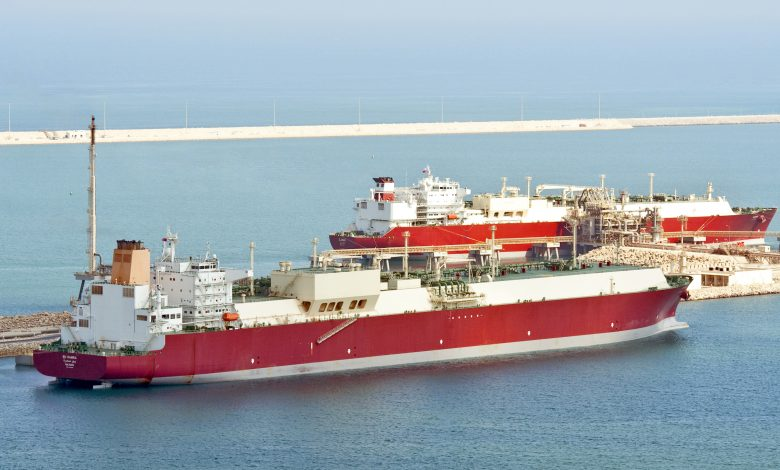Qatargas Completes First Commercial Ship-To-Ship Transfer of LNG Cargo