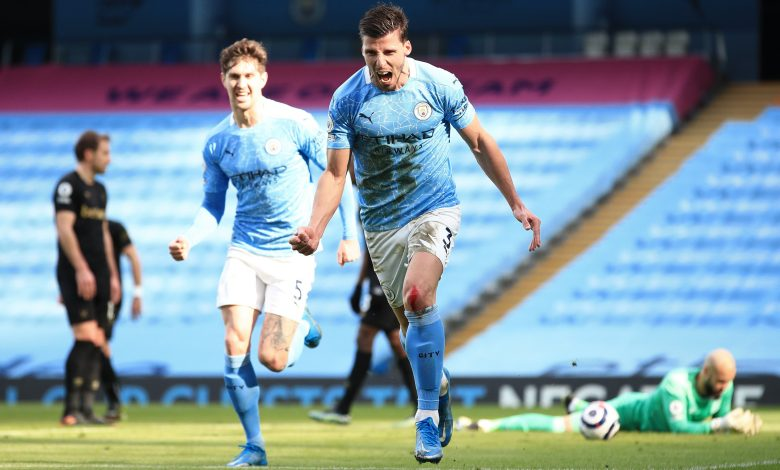 Man City wins 14th straight game to lead EPL