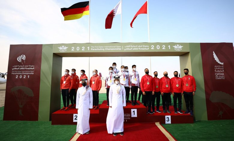 Chairman of Qatar Air Sports Committee Praises Success of Parachuting Championship
