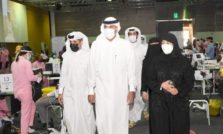 Prime Minister Visits Temporary COVID-19 Vaccination Center