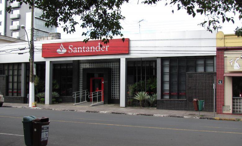 Banco Santander to Close 111 UK Branches