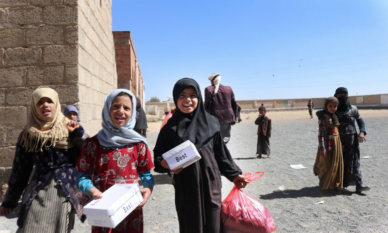 QRCS Protects 18,000 Schoolchildren in Yemen Against Cold Weather